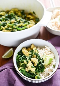 30-minute spinach and chicken coconut curry