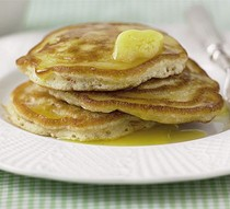 Apricot pancakes with honey butter