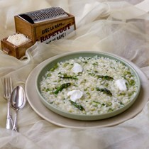 Asparagus & goat cheese risotto