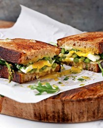 Asparagus and fried egg panini