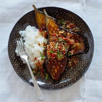 Aubergine larb with sticky rice and shallot salad