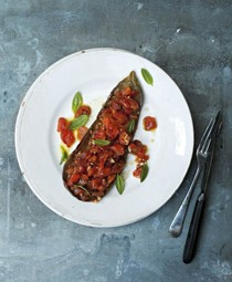 Aubergines with garlic, olive oil and tomatoes
