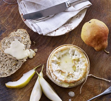 Baked cheese with quick walnut bread