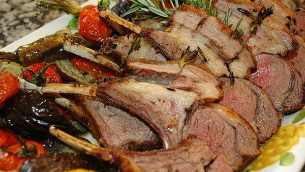 Barbecued rack of lamb
