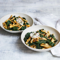 Black garlic, cavolo nero and ricotta pasta