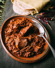 Braised pork in red chile sauce