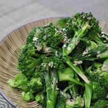 Broccoli and edamame beans with tahini dressing