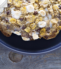 Browned butter cornflake s'mores [cookie]