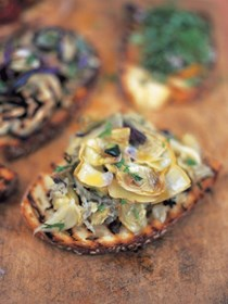 Bruschetta with baby artichokes