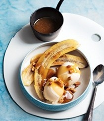 Butterscotch sauce with burnt bananas and ice cream