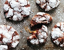 Caramel-filled chocolate crinkle cookies