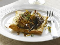 Caramelised fennel tarts
