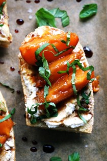 Caramelized apricot, basil, and ricotta toast with balsamic reduction