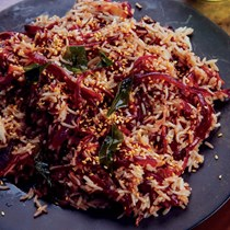 Caramelized red onion rice with tamarind