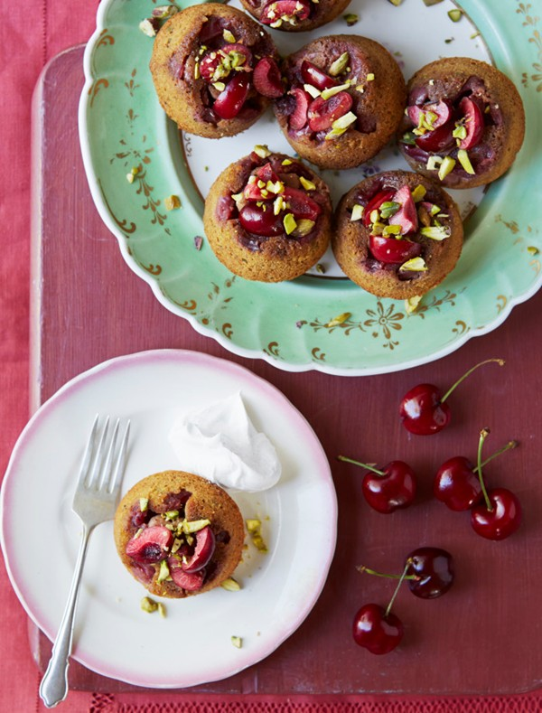 Cherry and pistachio upside-down cakes with mesquite