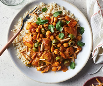 Chicken tagine with apricots & olives