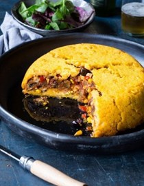 Chilean shepherd's pie (Pastel de choclo)
