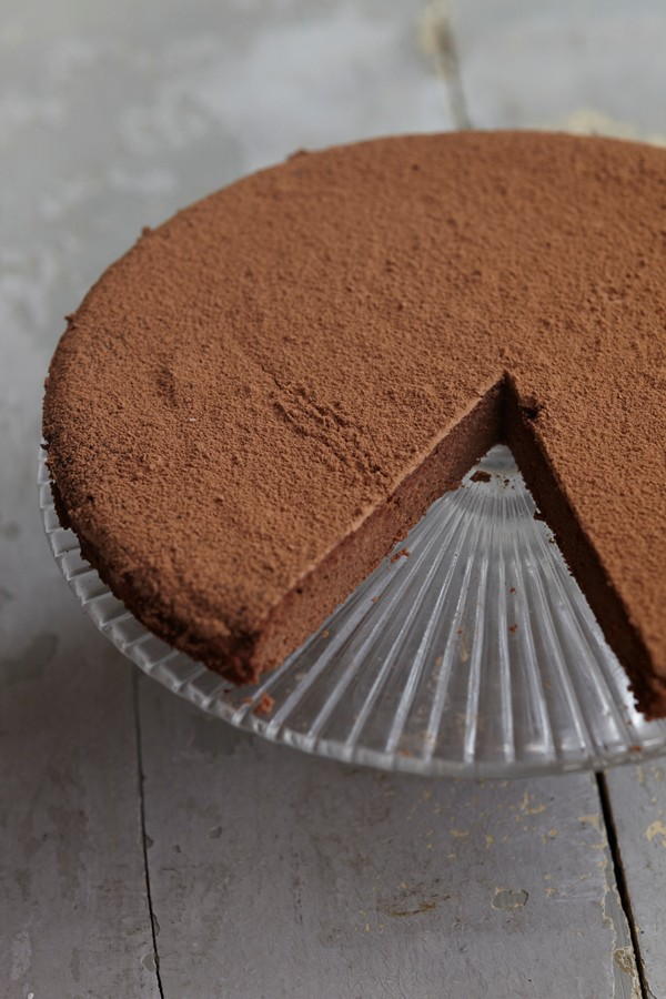 Coconut flour chocolate mousse cake