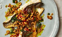 Curried sea bass with ginger and chilli