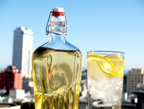DIY elderflower cordial