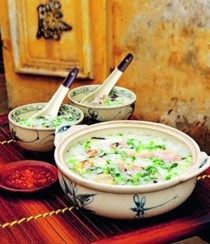 Duck rice porridge (Cháo vịt)