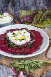 Easy beet salad with with labneh & greens (Patzarosalata me yiaourti)