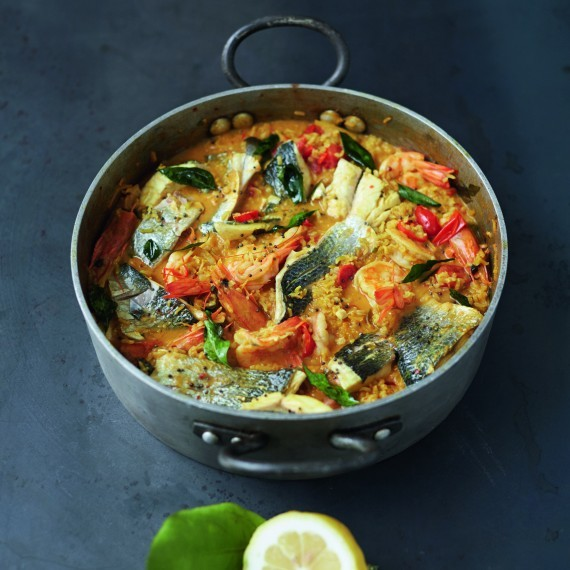 Everyday super food recipes for a healthier happier you eat your easy curried fish stew prawns white fish sweet tomatoes forumfinder Images