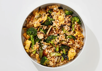 Egg fried rice with broccoli