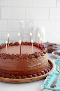 Everybody's birthday cake – chocolate peanut butter