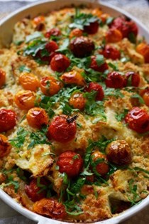 Fennel, cherry tomato and crumble gratin