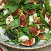 Figs with young Pecorino and honey