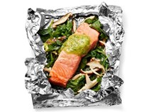 Foil-packet salmon with mushrooms and spinach