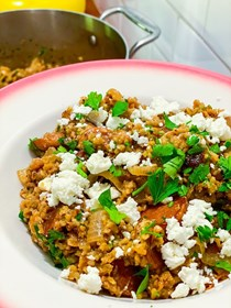 Freekeh with balsamic mushrooms, caramelized onions, and feta
