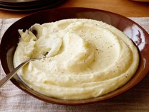 Garlic yukon gold mashed potatoes