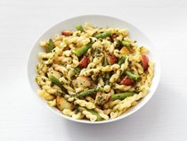 Gemelli with pesto, potatoes and green beans