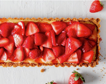 Gin-lemon tart with strawberries