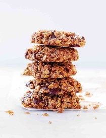 Gluten-free vegan oatmeal cookies with pecans and chocolate