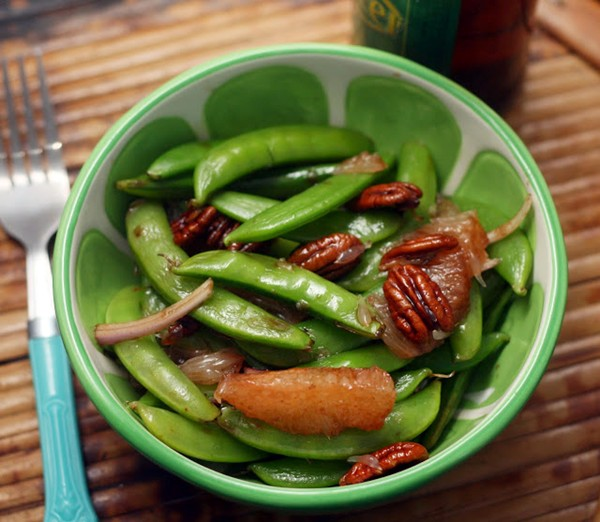 Grapefruit snap pea salad with a honeyed thyme-balsamic dressing