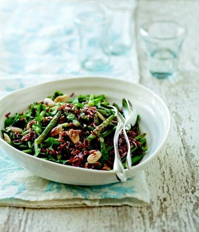 Green bean, red rice, and almond salad (Salade de haricot verts, riz rouge et amandes)