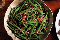 Green beans with pomegranate