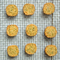 Green chile and herbed cheddar shortbread (Masala biscuit)
