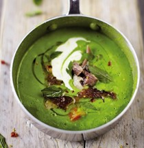 Green pea and ham soup