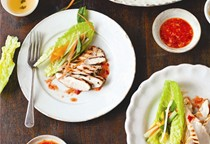 Griddled Vietnamese chicken with table salad