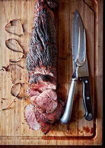 Grilled beef tenderloin [compound herb butter]