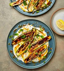 Grilled courgettes with yoghurt and saffron butter
