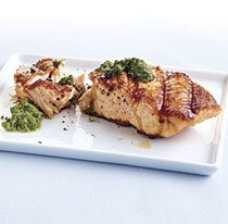 Grilled salmon with walnut-arugula pesto