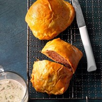 Ground beef Wellingtons