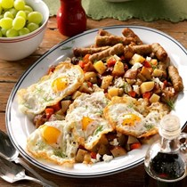 Hearty slow cooker breakfast hash