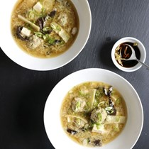 Hot-and-sour meatball soup