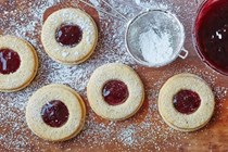 How to make classic Linzer cookies